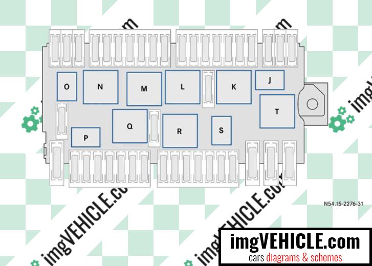 Mercedes-Benz Vito III (W447) Fuse box engine compartment relays diagram